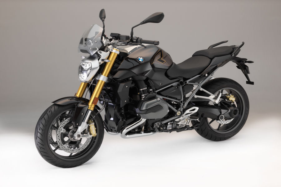 P90268562 highRes bmw r 1200 r style e