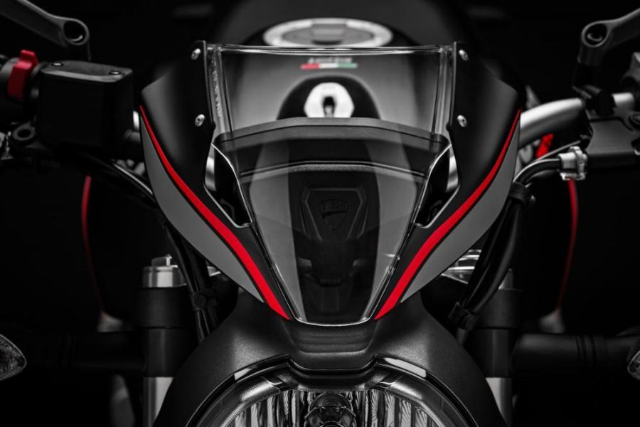 ducati moster 821 stealth 5