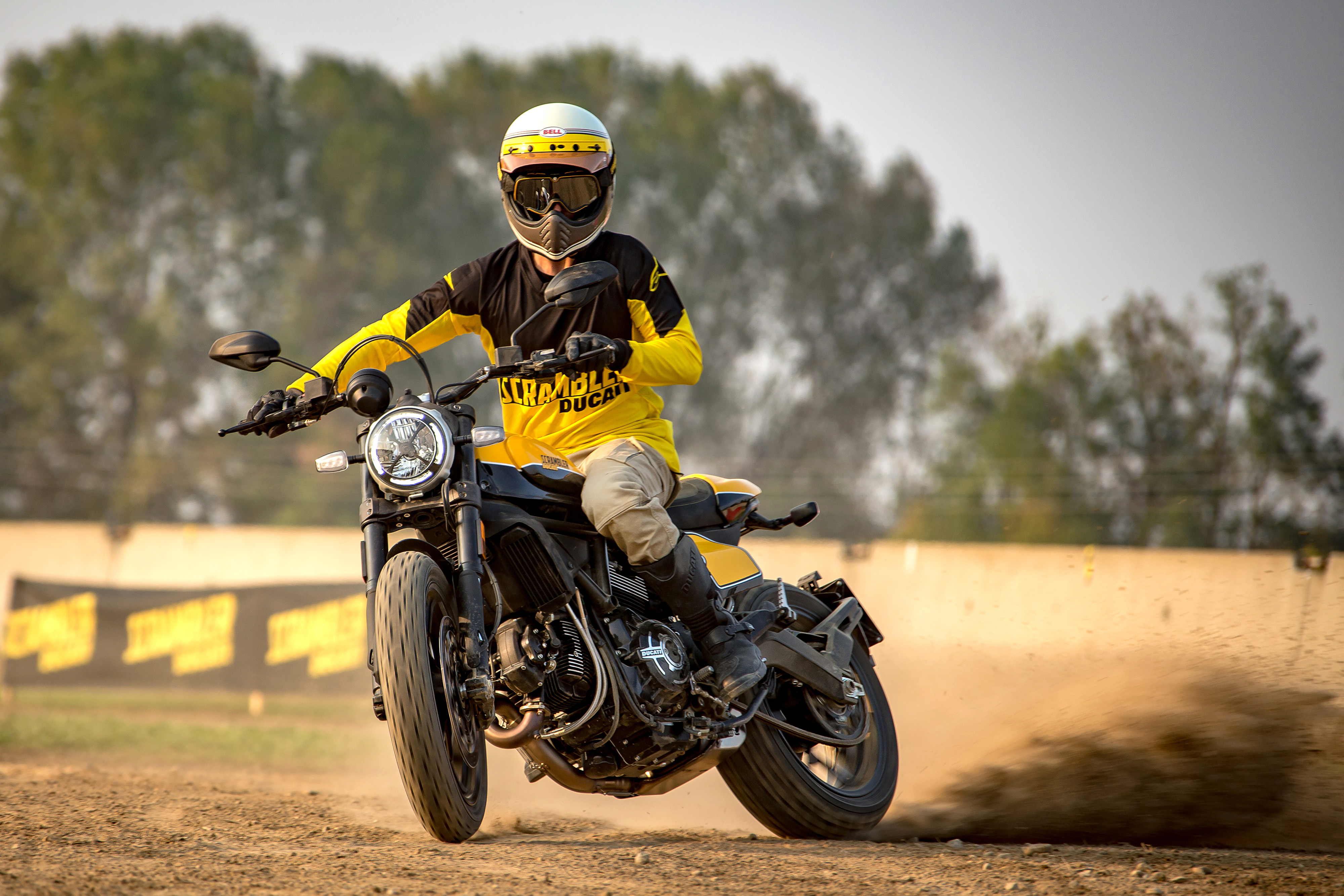 Ducati Scrambler Full Throttle ambience 04 UC67956 Mid