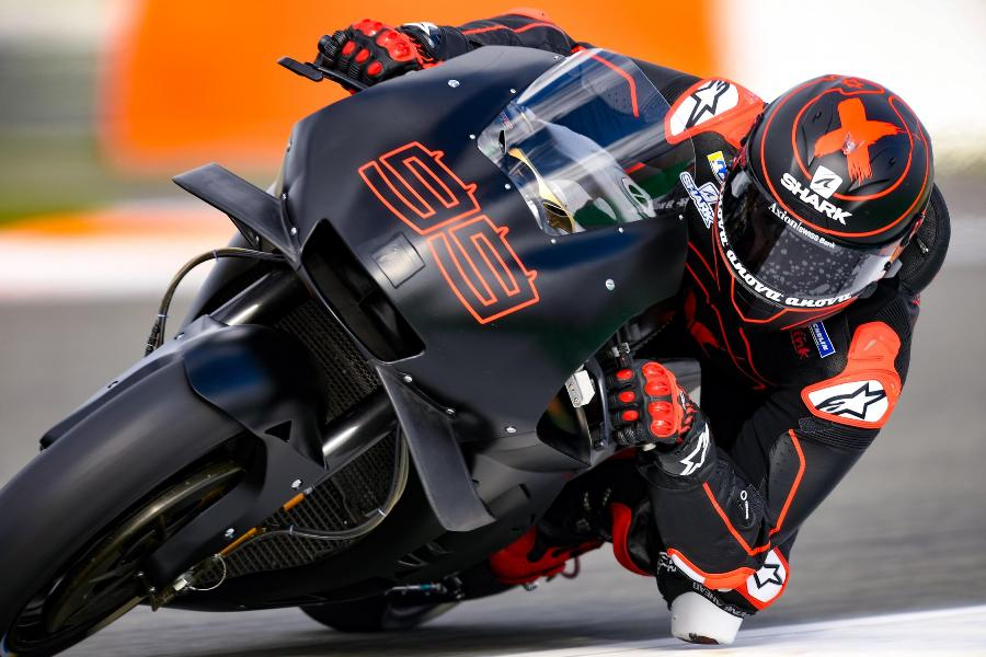 motogp test valencia day one 47