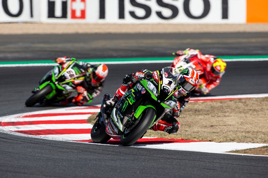 hi R11 Magny Cours WorldSBK 2018 Saturday ReaC87Q4191