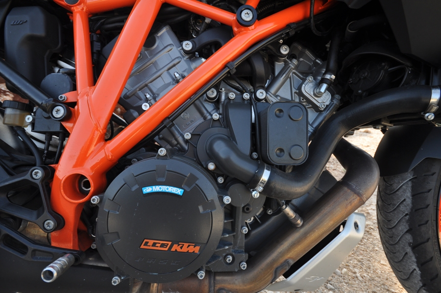 KTM SUPER DUKE GT DET 5