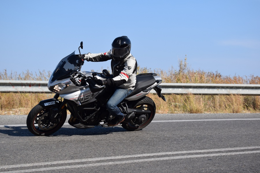 test triumph tiger sport 1050 5