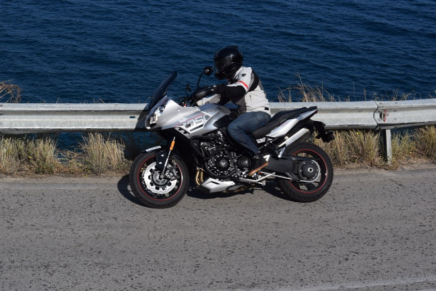 test triumph tiger sport 1050 8
