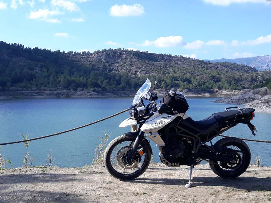 triumph tiger 800 xcx ambience 2